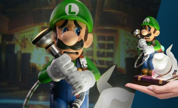 Luigi's Mansion 3 - Luigi PVC Statue (Collector's Edition) by First 4 Figures