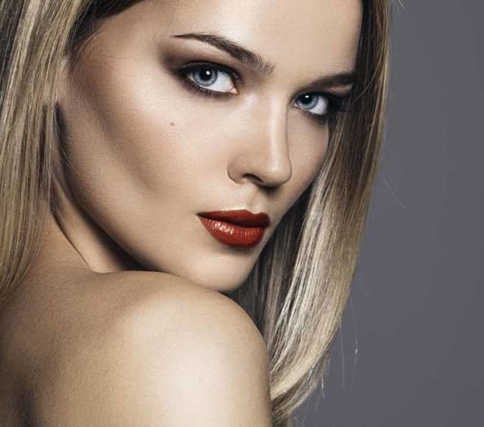 How to Get an Ash Blonde Hair Color