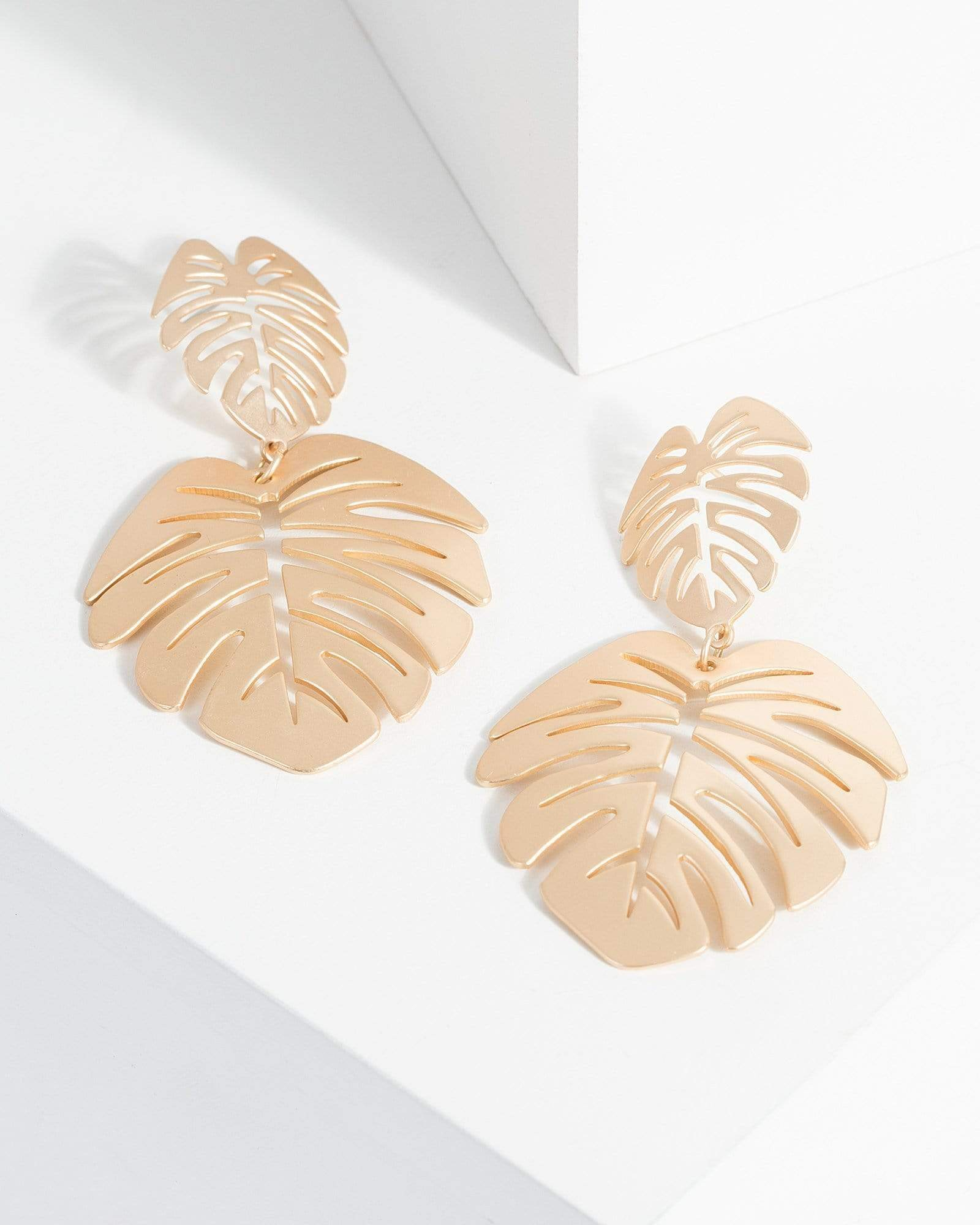 Image of Gold Detail Leaf Cut Out Earrings