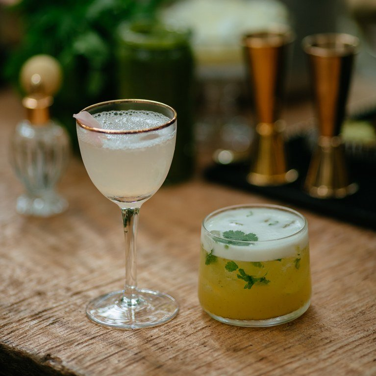 25 refreshing signature cocktails perfect for a spring wedding