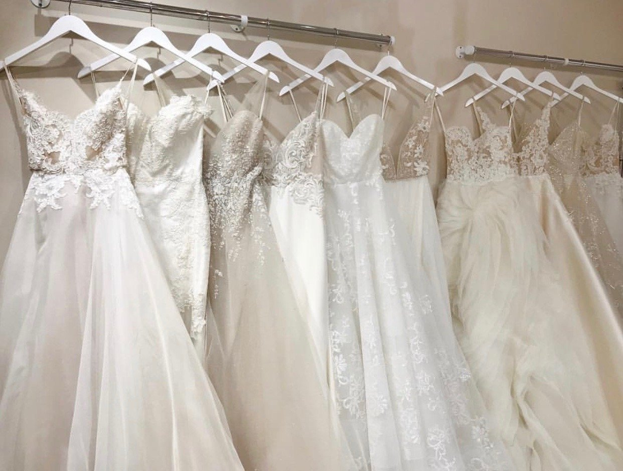 Five Trunk Show Tips From The Wedding Dress Designers Of Jlm Couture Hayley Paige Jim Hjelm Boutique Lazaro Tara Keely Ti Adora