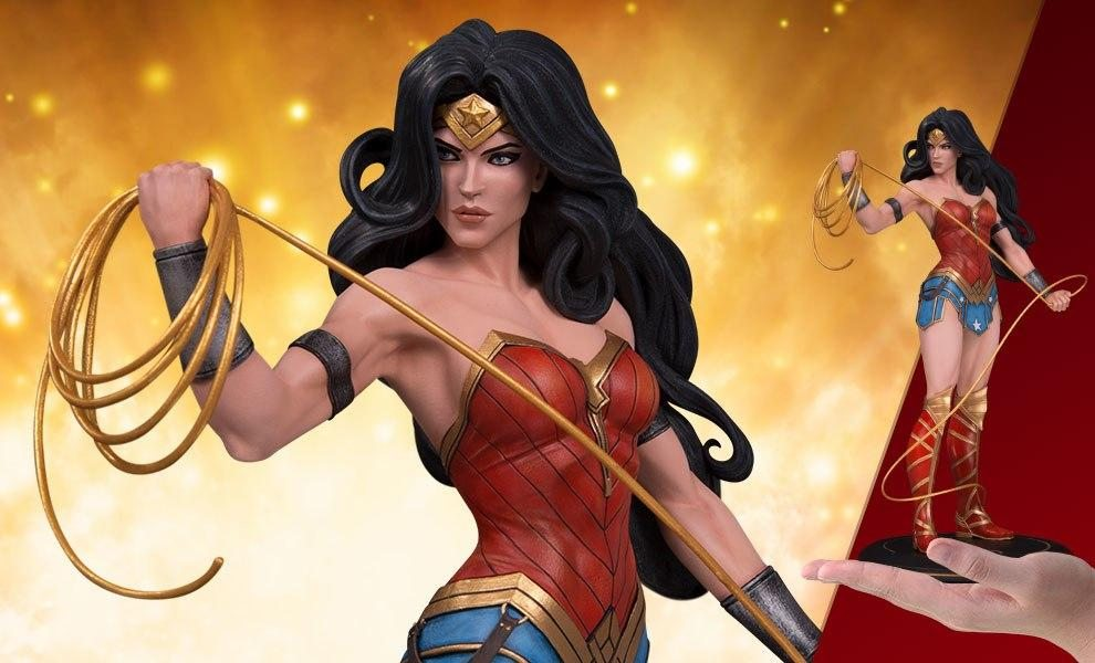 Wonder Woman Statue - DC Cover Girls by Joëlle Jones (DC Collectibles)