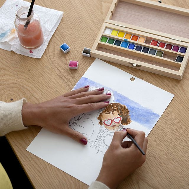 Shop Uncommon Exeperiences for Father's Day - Father's Day Portrait Class Sun. 6/20 2:00pm EDT
