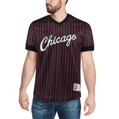 Mitchell & Ness Chicago Bulls Black Hardwood Classics Wordmark Mesh V-Neck Pullover Shooting Shirt