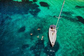 Grab Your Friends and Sail the Cyclades Islands