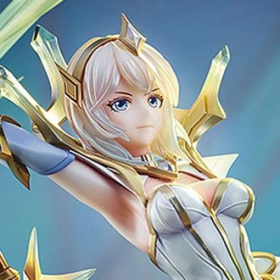 Elementalist Lux (League of Legends) Statue by Good Smile Company