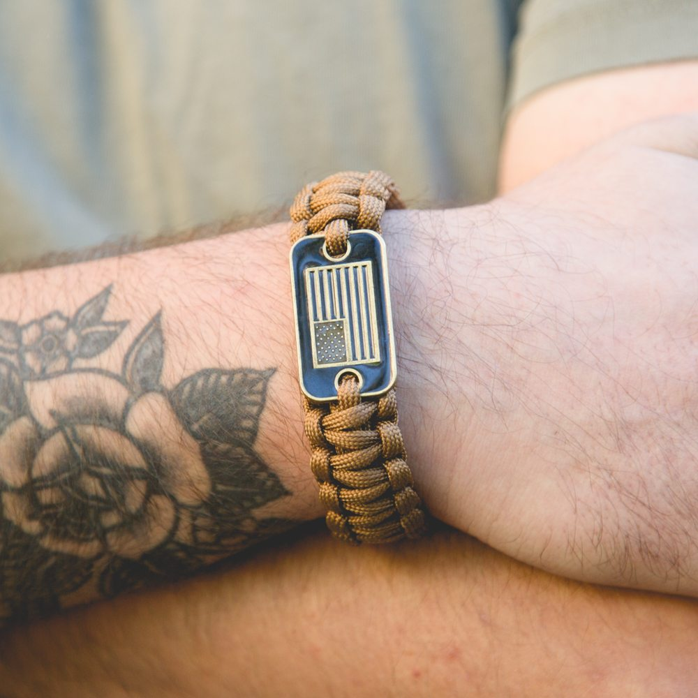 Image of Coyote Brown Paracord Bronze Flag Bracelet: Helps Pair Veterans with a Service Dog