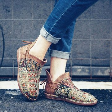 Embroidered Splicing Leather Boots