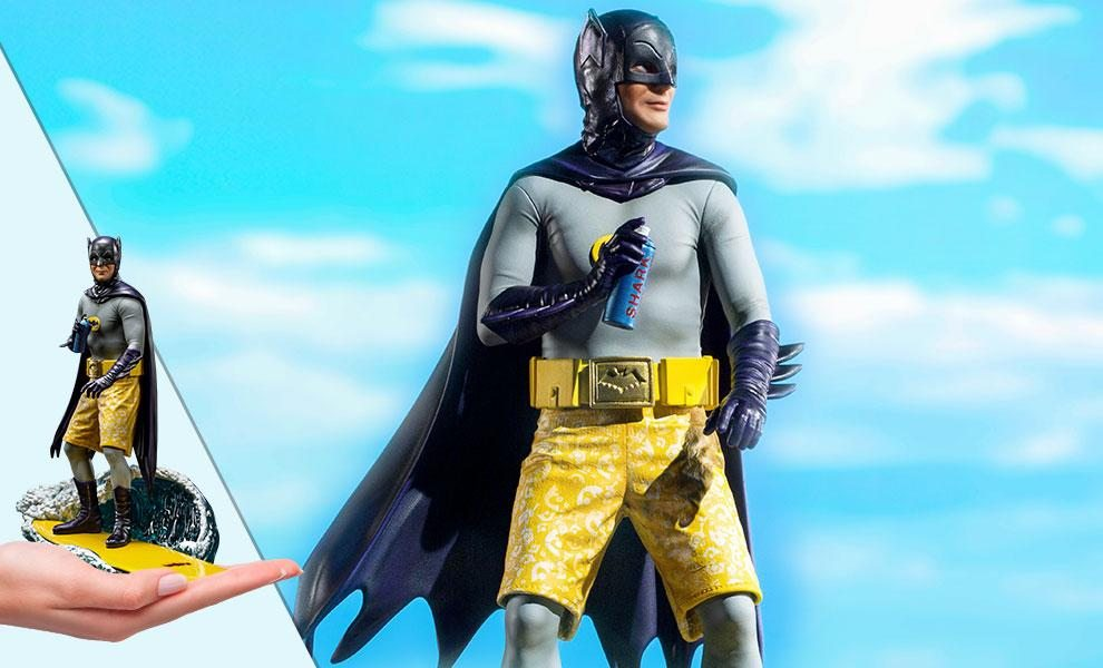 NOW SHIPPING Batman Deluxe 1:10 Scale Statue by Iron Studios