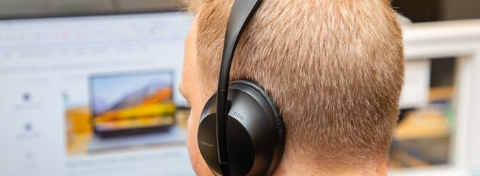 The Bose 700 are the Best Wireless Noise-Cancelling Headphones You Can Buy