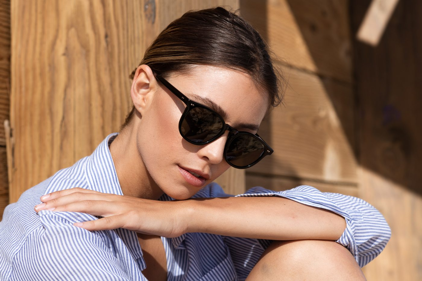 woman black sunglasses polarized
