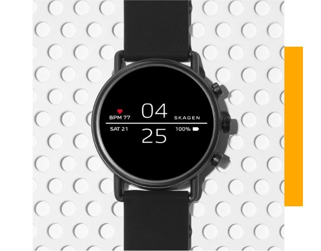 Falster 2 Smartwatch with black silicone strap