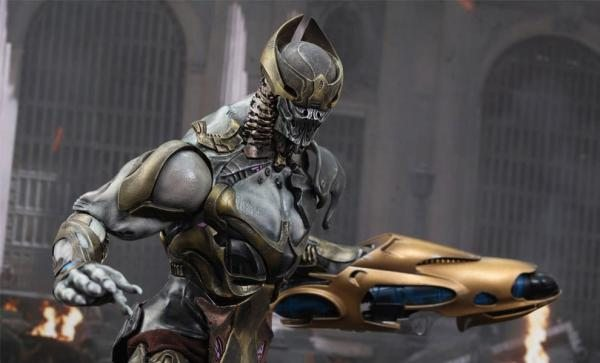 Chitauri Commander Sixth Scale Figure - The Avengers