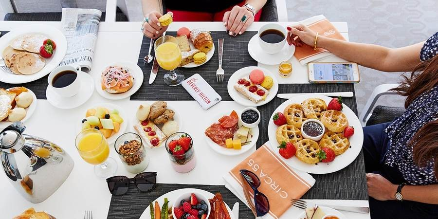 Remarkable The Beverly Hilton Poolside Brunch Buffet Now 65 For 2 Download Free Architecture Designs Momecebritishbridgeorg