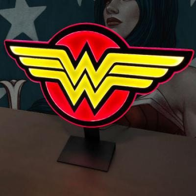 Wonder Woman Logo Light REG (Brandlite)