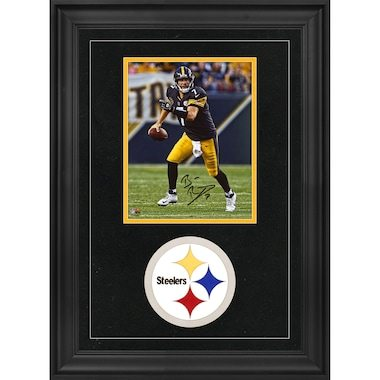 """Ben Roethlisberger Pittsburgh Steelers Fanatics Authentic Deluxe Framed Autographed 8"""" x 10"""" Vertical Photograph"""