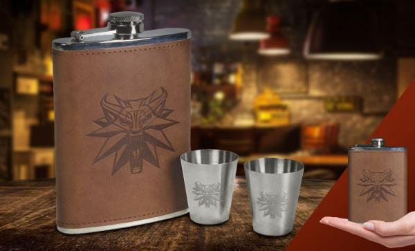 The Witcher: Deluxe Flask Set Collectible Drinkware by Dark Horse